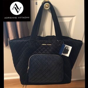 ADRIENNE VITTADINI Quilted XXL Bag